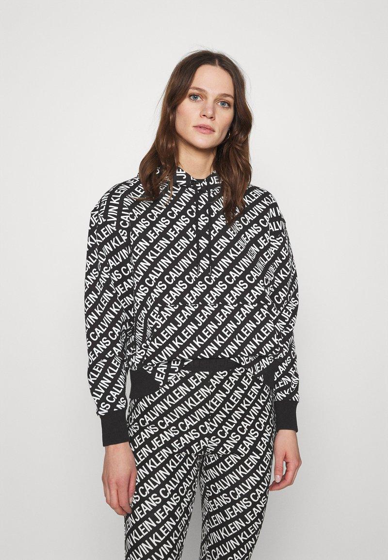 Calvin Klein Jeans - LOGO HOODIE - Hoodie - black/white