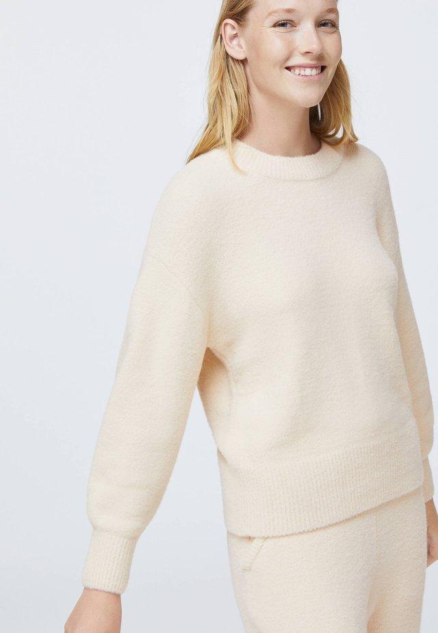 SOFT TOUCH FLUFFY - Pyjamashirt - white