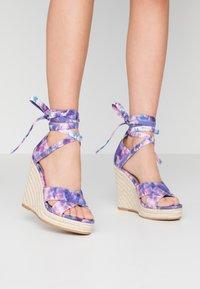 Even&Odd - Korolliset sandaalit - pink/blue - 0