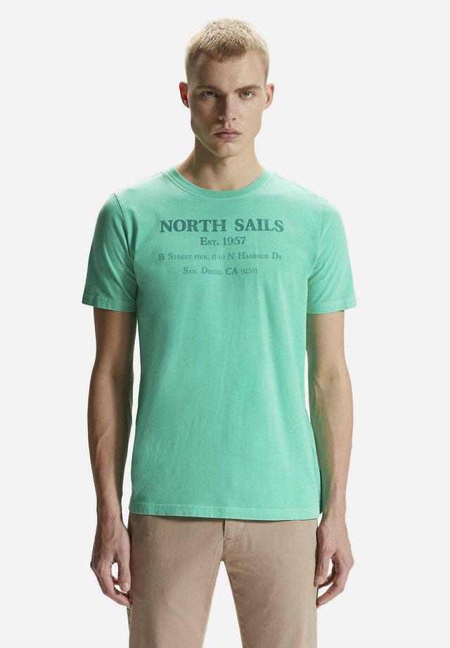GRAPHIC - T-shirt imprimé - green