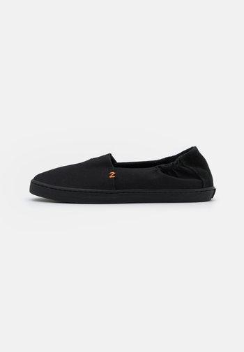 FUJI - Slip-ons - black