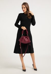 faina - Handbag - bordeaux - 0