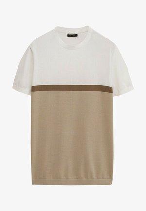 MIT FARBBLÖCKEN  - Print T-shirt - beige
