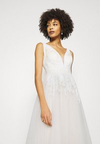 Luxuar Fashion - Occasion wear - ivory/nude - 4