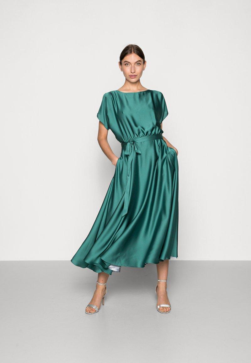 Swing - Cocktail dress / Party dress - pale leaf