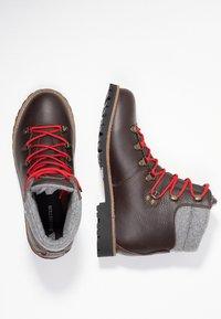 Dachstein - Hiking shoes - dunkel braun - 1