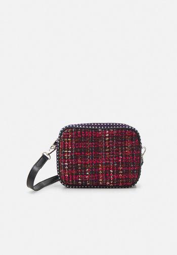 MITENA PICA BAG - Handbag - biking red