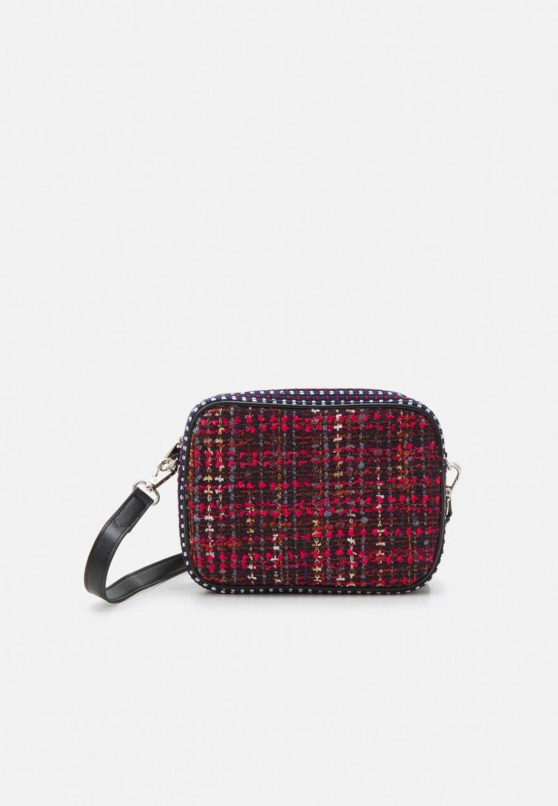 Becksöndergaard - MITENA PICA BAG - Handbag - biking red