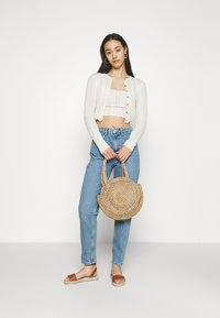 BDG Urban Outfitters - TWIN SET - Cardigan - cream - 1