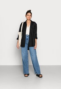 ARKET - Top - offwhite - 1