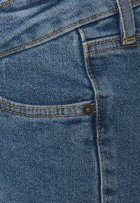 MAIAMAE - Denim shorts - mid wash - 2