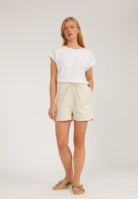 ARMEDANGELS - Shorts - undyed - 1