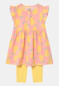 Carter's - PEAR - Legging - light pink/yellow - 0