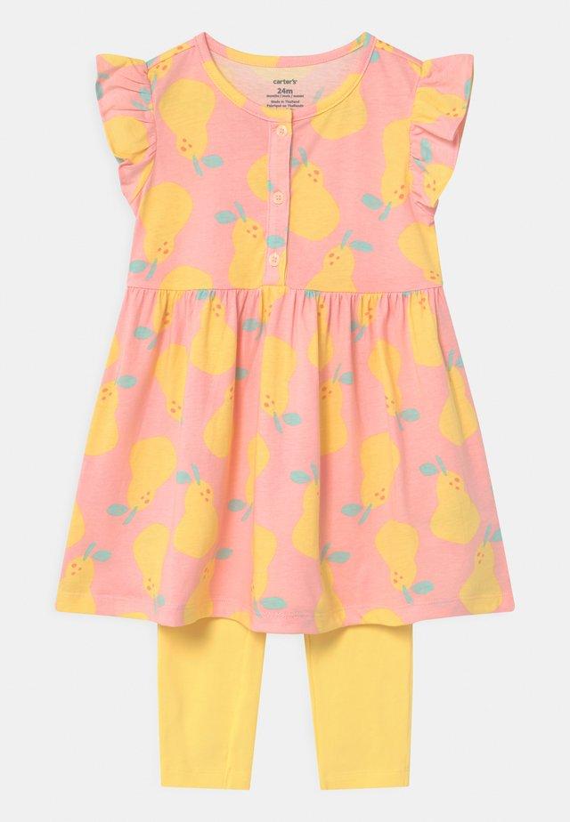 PEAR - Legíny - light pink/yellow