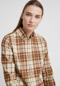 Polo Ralph Lauren - GEORGIA CLASSIC LONG SLEEVE SHIRT - Blusa - brown/green - 3
