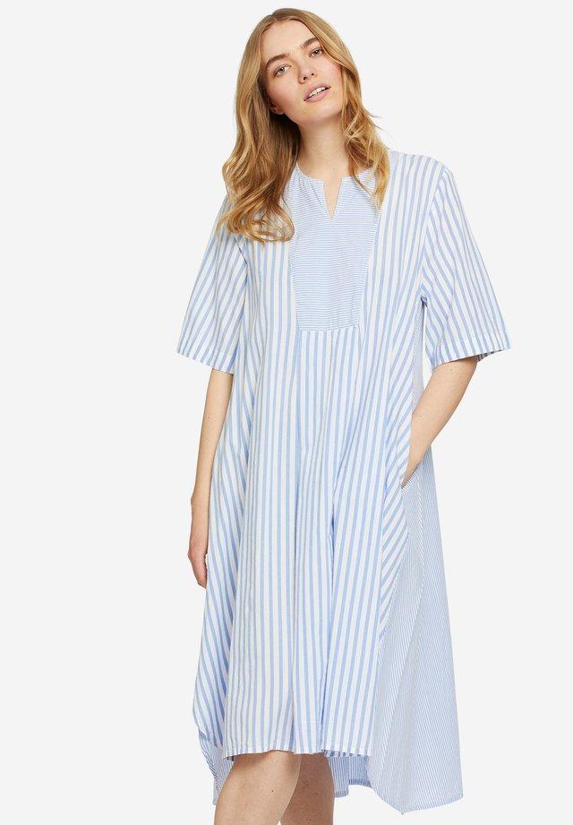 NATALI - Korte jurk - marlin
