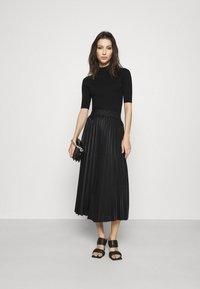 WAL G. - MONICA PLEATED SKIRT - A-line skirt - black - 1