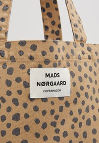 Mads Nørgaard - ATOMA - Shopping bags - beige/navy - 6