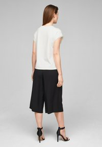 s.Oliver BLACK LABEL - T-shirt print - white placed print - 2
