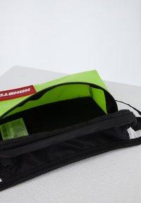 DeFacto - Bum bag - green - 4