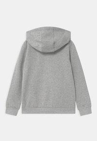 IKKS - HOLLOGRAM GOOGLES AND HEADPHONES ZIP UP HOODIE - Zip-up hoodie - gris - 2