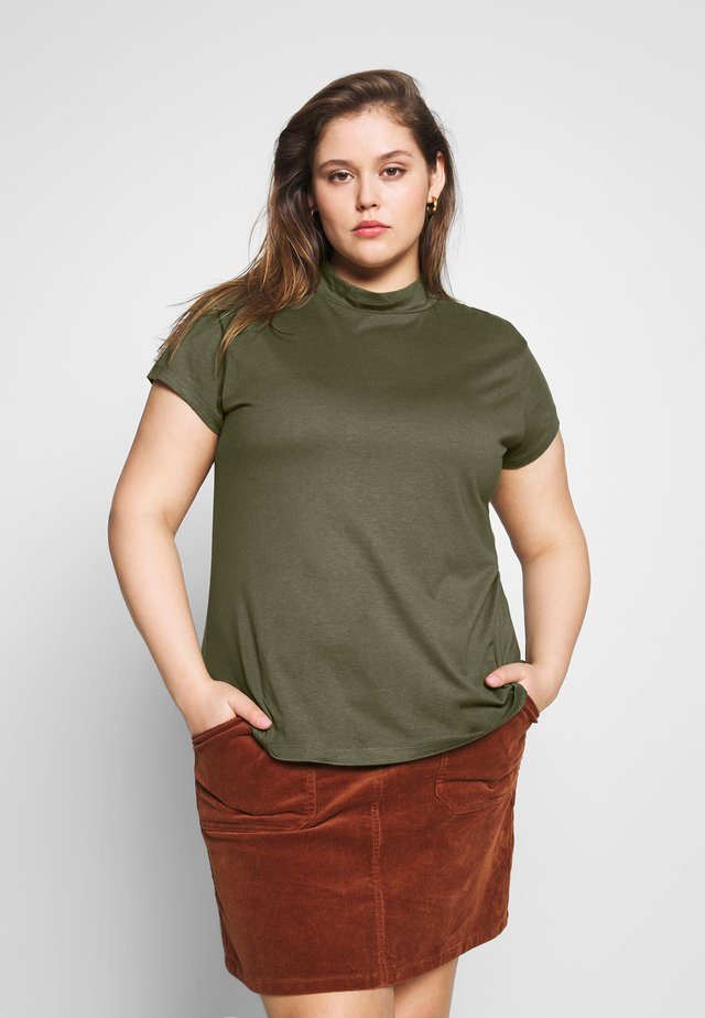 SLIM FIT TEE WITH TURTLE-NECK - T-shirts - olive night