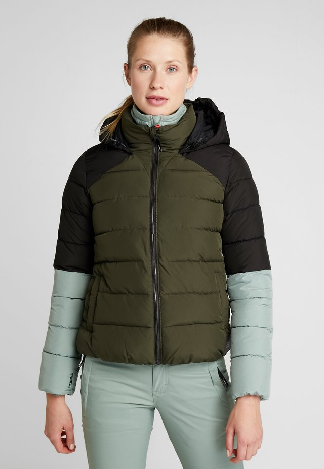 MANEUVER INSULATOR JACKET - Snowboardjacka - forest night