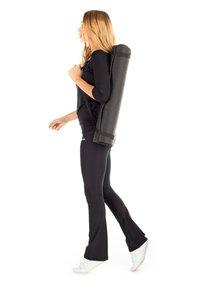 Winshape - BCHWL102 HIGH WAIST TIGHTS - Leggings - black - 3