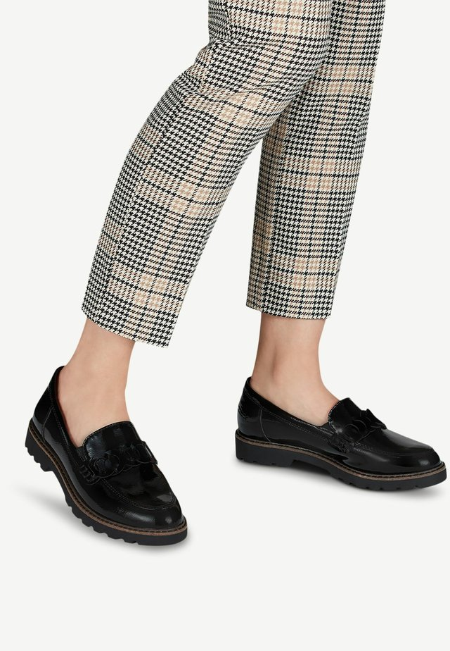 Loafers - black patent