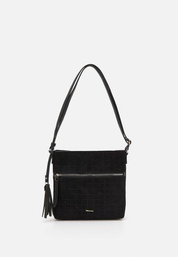 CHIARA - Across body bag - black
