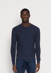 Pier One - Stickad tröja - mottled dark blue - 0