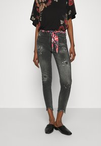 Desigual - BOW - Jeans Slim Fit - denim black - 0