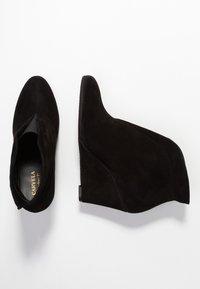 Carvela Comfort - RALLY - Korte laarzen - black - 3