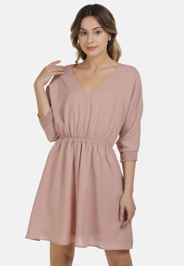 Day dress - nude