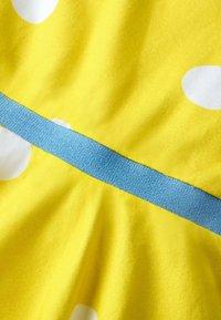 Boden - Jersey dress - mimosengelb/naturweiß, getupft - 2