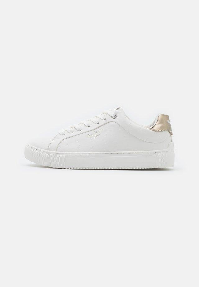 ADAMS - Sneakers laag - offwhite