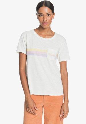 STAR SOLAR  - Print T-shirt - snow white