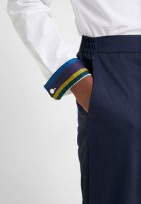 PS Paul Smith - SHIRT SLIM FIT - Formální košile - white - 6