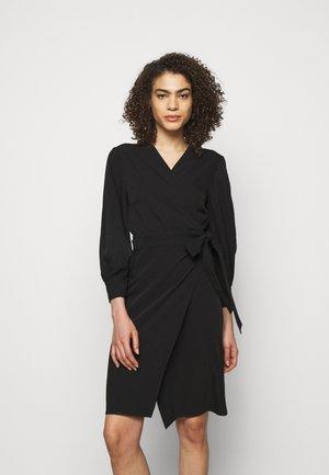 ERIN ABITO TECNICO FLUIDO - Day dress - black