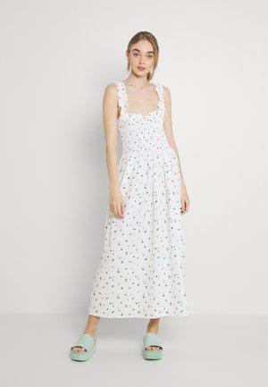 ENPARSLEY DRESS - Day dress - strawberry love