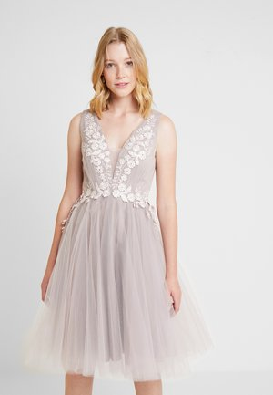 Cocktail dress / Party dress - mauve