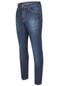 Club of Comfort - MIT HIGH-STRETCH - Slim fit jeans - mittelblau 142 - 2