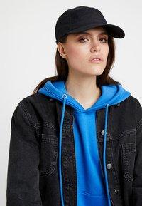 Weekday - HOPE CAP - Cap - black - 4