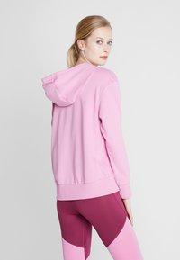 Nike Performance - W NK DRY GET FIT FC FZ H ES GX - Bluza rozpinana - magic flamingo/barely rose - 2