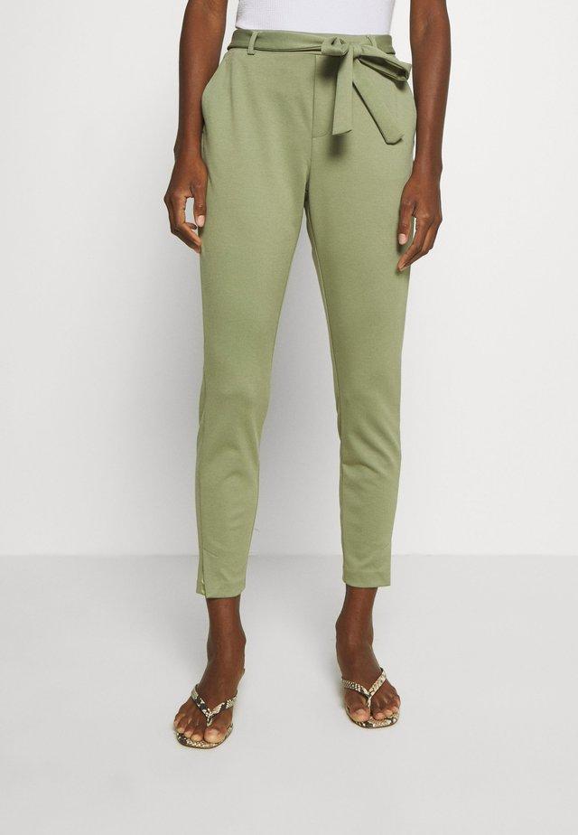 ANETT PANTS - Kalhoty - oil green