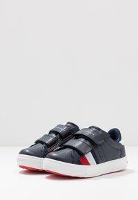 Tommy Hilfiger - Sneaker low - blue/white - 3