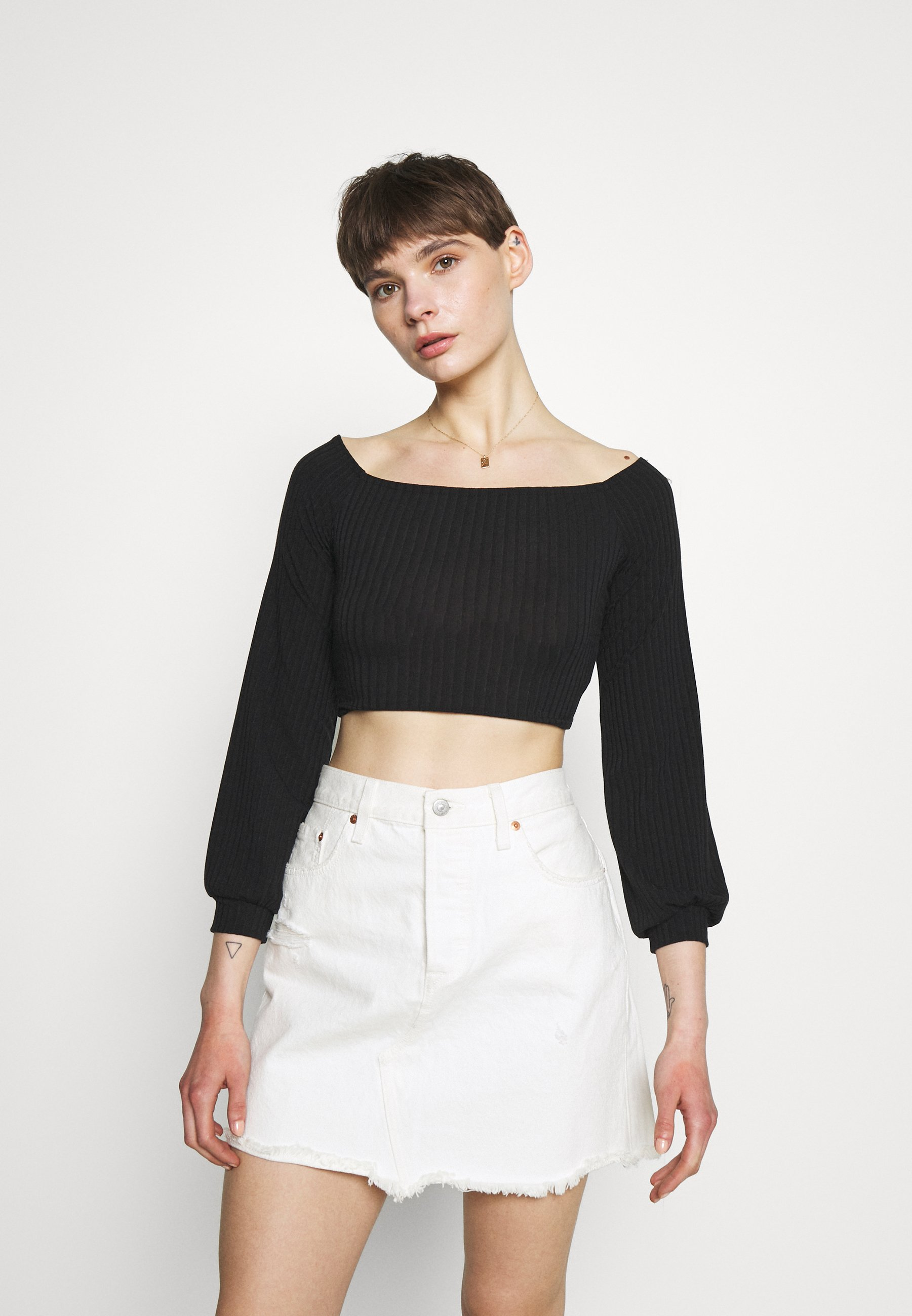 Women BALLOON SLEEVE CROP - Long sleeved top