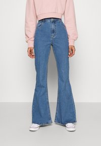 Cotton On - VINTAGE FLARE - Flared Jeans - coogee blue - 0