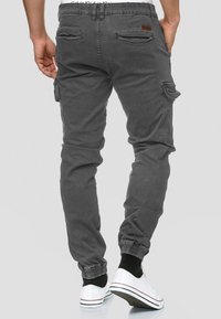 INDICODE JEANS - AUGUST - Cargo trousers - raven - 2