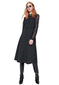 RIANI - Day dress - schwarz - 0